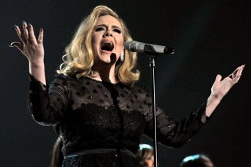 Adele-on-stage-2-815